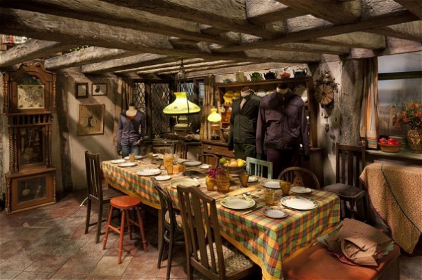 Sit down for a ghostly meal with the Potters