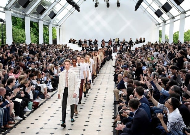 Burberry Menswear Spring Summer 2016 Show Final_002