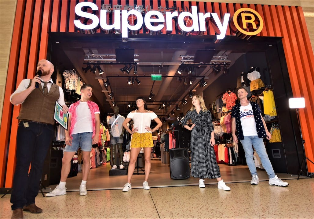 Flash mobs showcase the hottest summer trends at The Mall Luton
