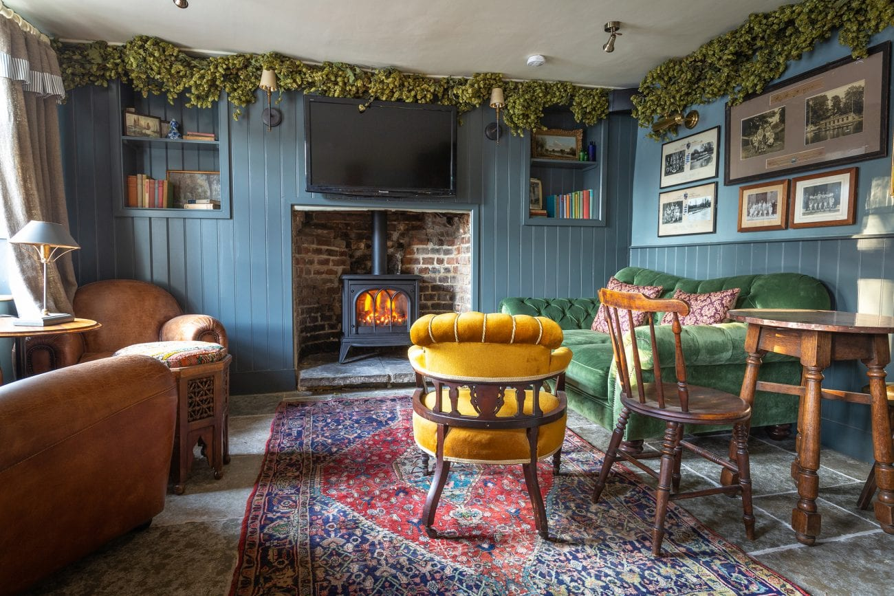 lunchNbloggers is heading to The Little Angel in Henley-on-Thames
