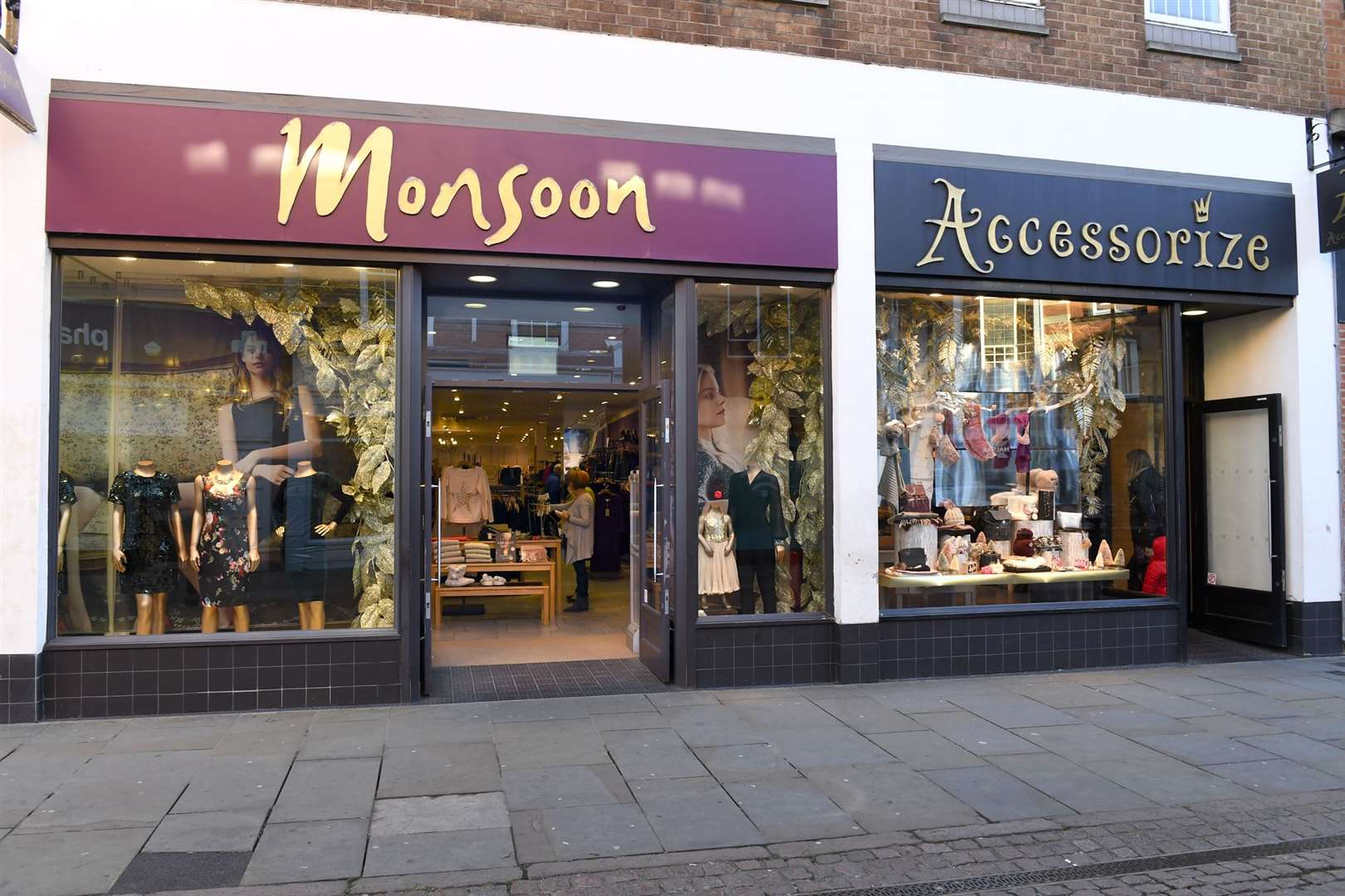 Monsoon Accessorize, the business behind popular High Streetfashion retailers Monsoon and Accessorize have announced they are closing 35 stores across the UK with 2 in The Three Counties