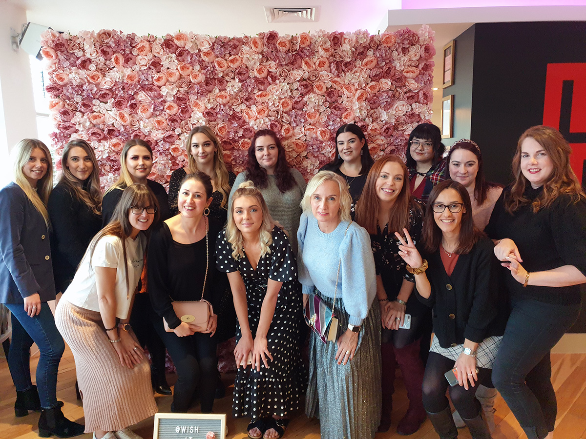 The #lunchNbloggers Team at Harben House
